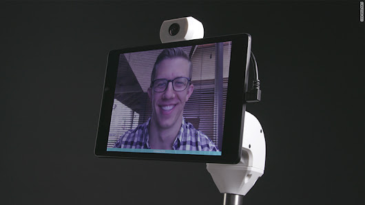Ohmni home robot makes video chats feel like they're IRL