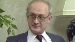 34 years ago, a KGB defector chillingly predicted modern America | Big Think