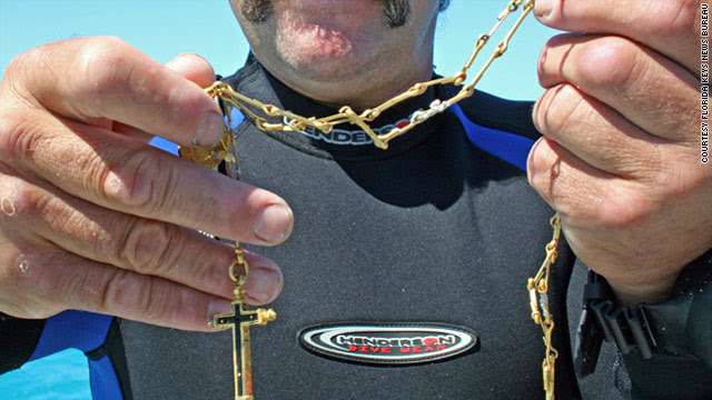 Treasure hunters strike gold off Florida coast