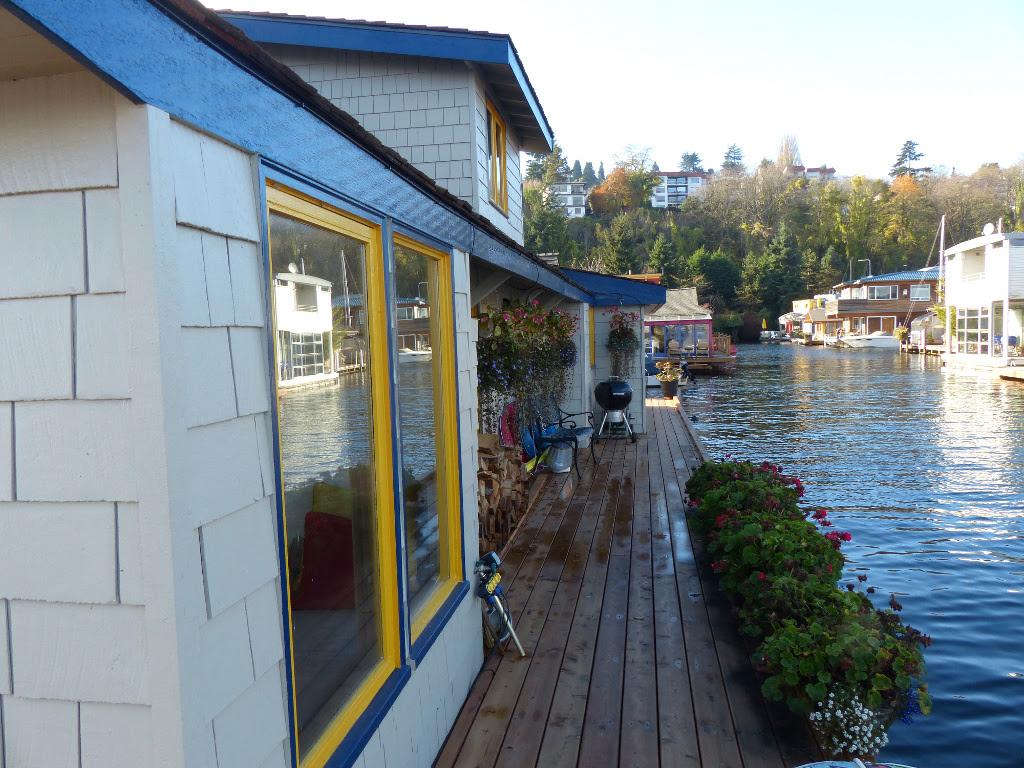 Sleepless In Seattle Floating Home