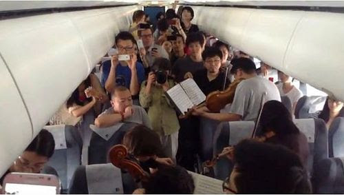 Philadelphia Orchestra Quartet Gets Stuck on a Plane in China, Plays Dvořák for Grateful Passengers