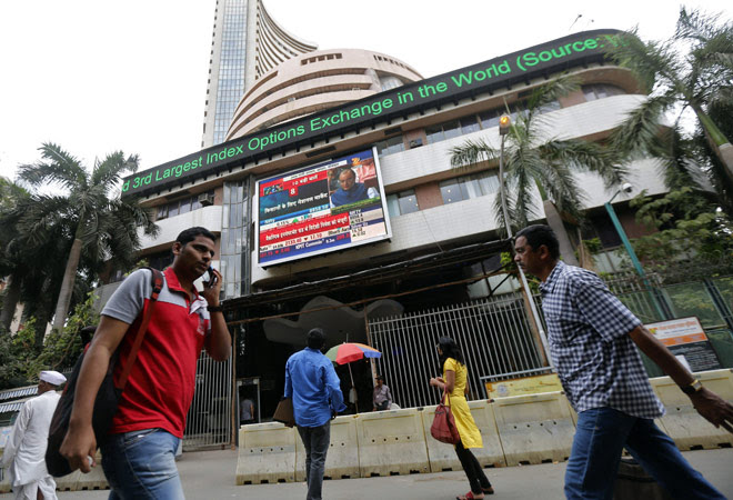 Sensex closes 254 pts up on US interest rate status quo