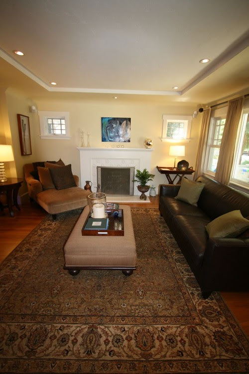 Help a (Clueless) Guy Decorate his Small 1930s Living Room - Home ...