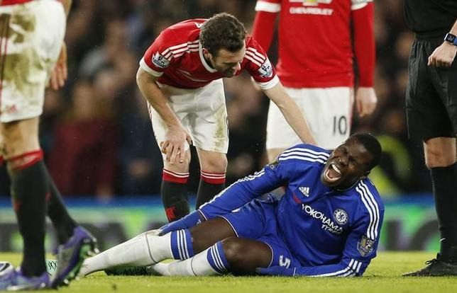 Football Soccer - Chelsea v Manchester United - Barclays Premier League - Stamford Bridge - 7/2/16Chelsea's Kurt Zouma lies on the pitch after sustaining an injuryAction Images via Reuters / John SibleyLivepic/Files