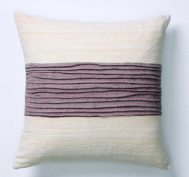 Pleated Pillow == Anthro Inspiration