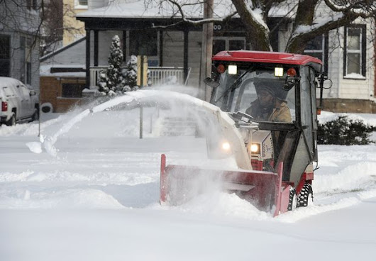 After years of efforts, Syracuse adopts sidewalk snow removal plan |