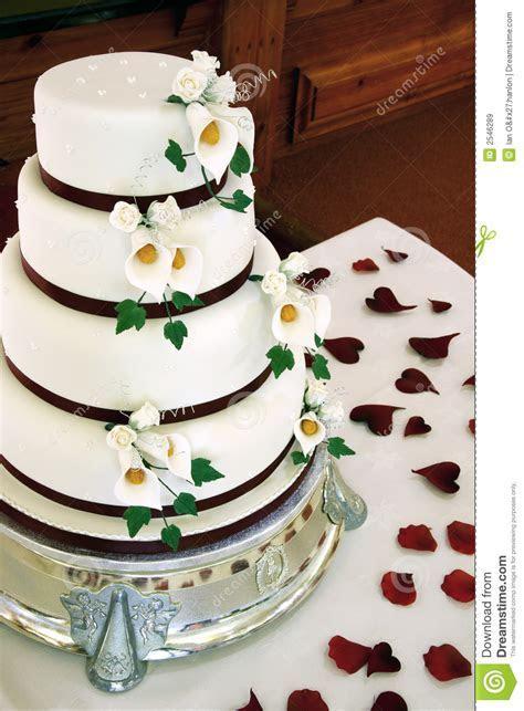 Beautiful wedding cake stock image. Image of white, heart