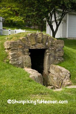 Morgan County Dungeon, c. 1833, Malta, Ohio