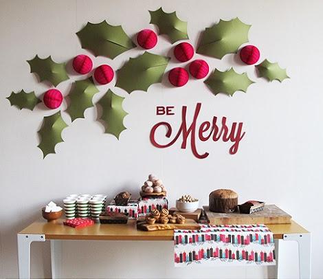 Decoración de Navidad para la pared con materiales reciclados