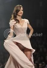 Miranda Kerr Wardrobe Malfunction