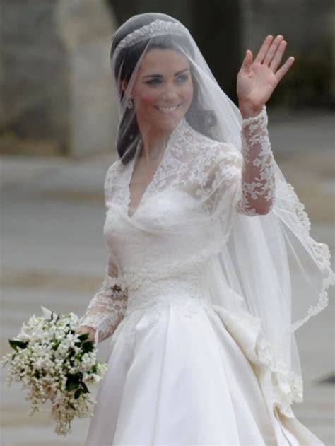 Kate's State of the Nation Wedding Dress   Samira Ahmed