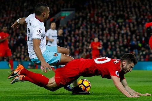 Falta calma ao Liverpool