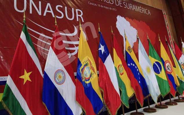 http://www.aporrea.org/imagenes/2015/03/unasur_banderas.jpg
