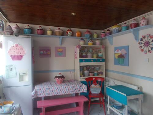 Cupcake cookie jar kitchen