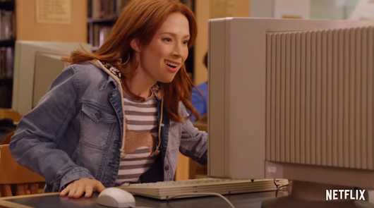 Unbreakable Kimmy Schmidt Season 2 Trailer Features a Bunny and a Kitty