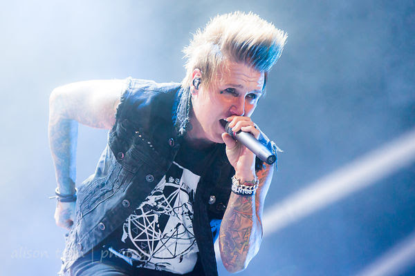 Jacoby Shaddix, vocals, Papa Roach