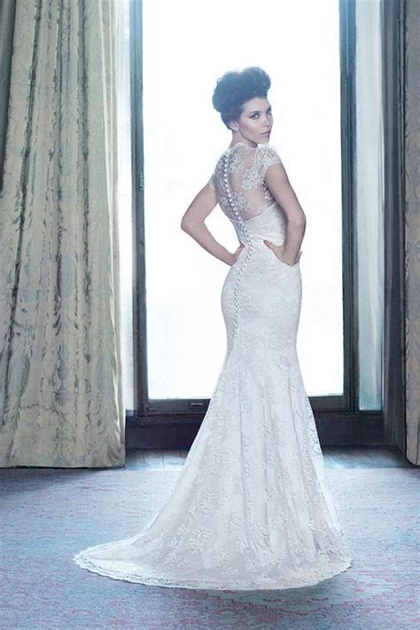 Captivating Wedding Dress from Suzanne Neville   hitched.co.uk