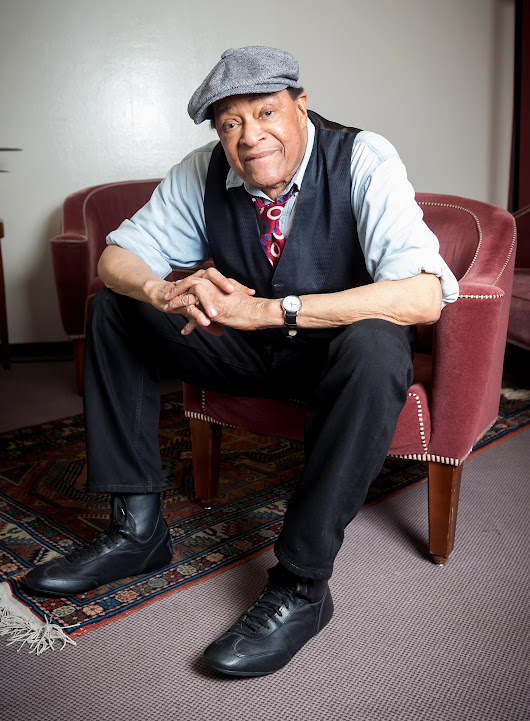Jazz Legend Al Jarreau Dead at 76 Following Hospitalization for Exhaustion