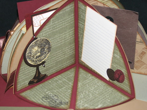 Club Scrap Bookshelves Globe Book 015