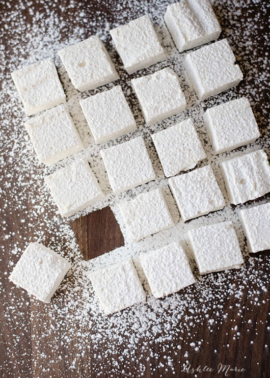 Homemade Marshmallows: A Fluffier, Sweeter, and Better Melting Bite