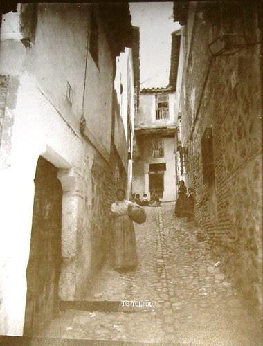 Callejón de los Niños Hermosos, Toledo. Foto Casiano Alguacil.