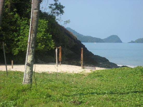 small beach by the salt water pool - Picture of The Frangipani ...