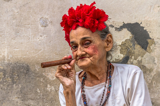 Photos: In Havana, beauty and decay coexist