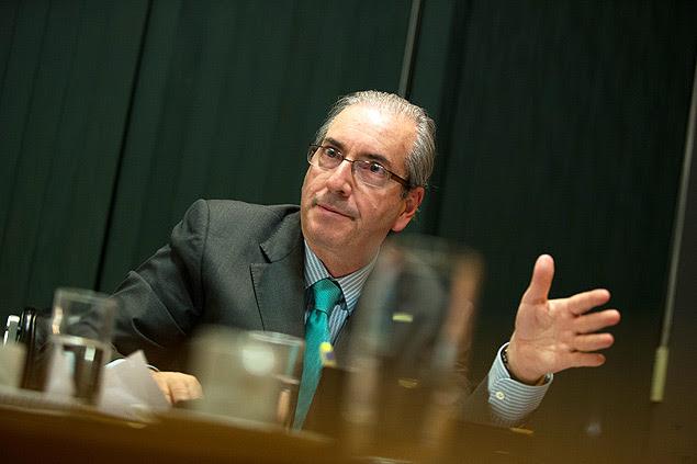 O presidente da Câmara, Eduardo Cunha, durante entrevista em seu gabinete