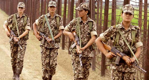 First-ever women recruits of the Indian Border Security Force Flickr, Creastive Commons  Aamir Hafeez Zaidi