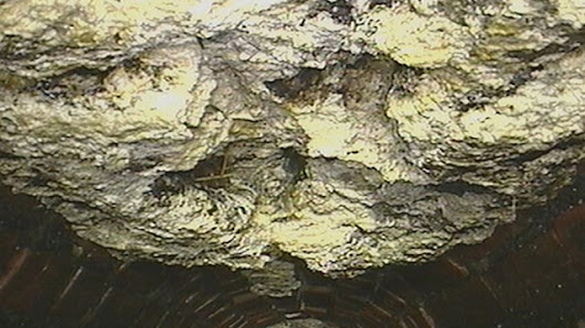 'Fatberg' the size of a bus clogs London sewer - video | Environment |