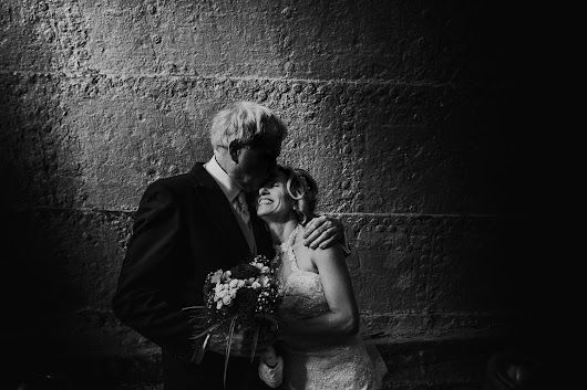 A most excited bride and a unique wedding venue - Creative Wiltshire wedding photographers, photographing across the UK and destination weddings abroad