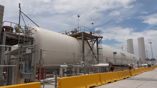 Gallery: New LNG Fuel Depot at JAXPORT Highlights Innovation by Crowley, Eagle LNG