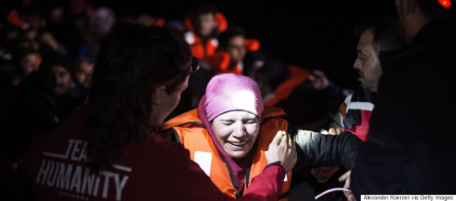 lesvos refugees march 2016