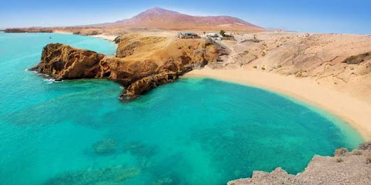 Lanzarote Beaches, The Top 6 Playas in Town - Costas Online