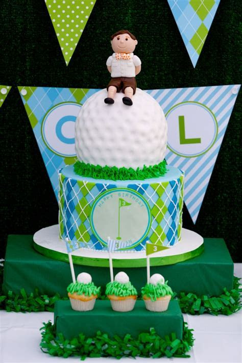 1000  ideas about Golf Themed Cakes on Pinterest   Golf