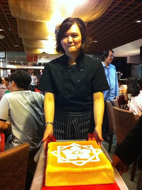 龍馬蜂蜜蛋糕的製作者:工頭的妹妹