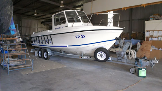 High Performance Victoria Police Boat build by Basfiber