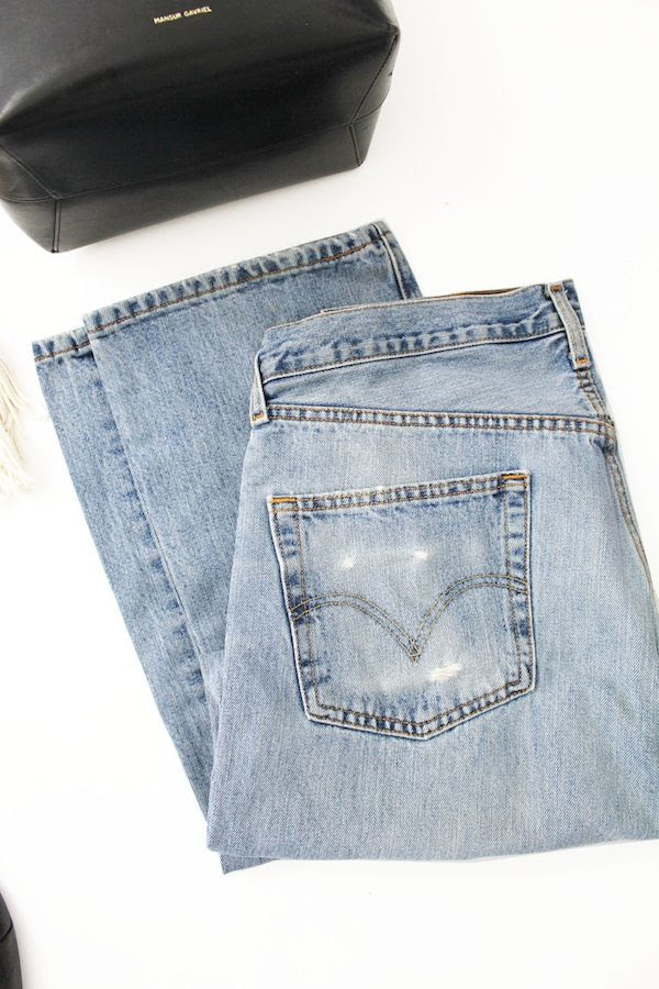 Le Fashion Blog Vintage Levis 501 Jeans Spring Summer Style Denim