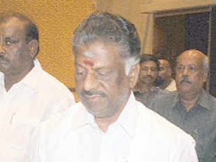 According to Panneerselvam, consumer should be protected from fluctuations in the market price of cooking gas which is linked to international prices.