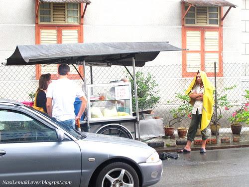 Penang famous Charcoal Char Koay Teow, Jalan Siam