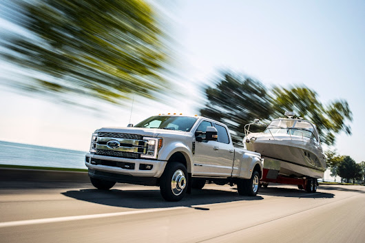2018 Ford F-Series Super Duty: Best-In-Class Figures, Whole Lotta TRUUUUUUUCK