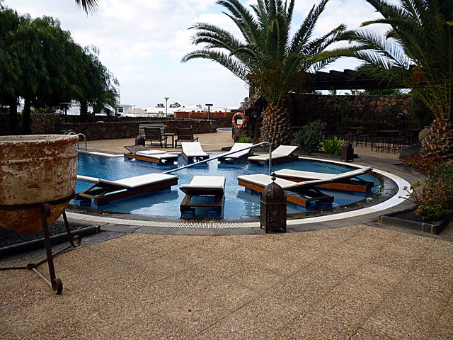 Villa_Vik_Pool