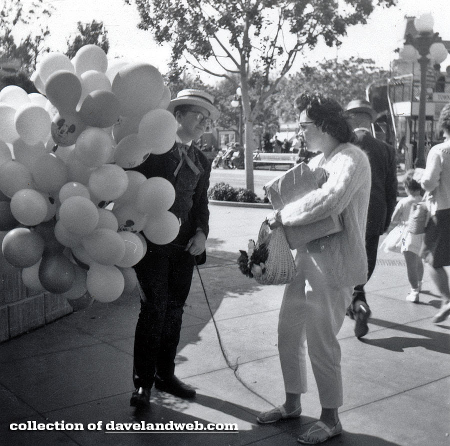 Disneyland Town Square balloon seller May 1964 photo