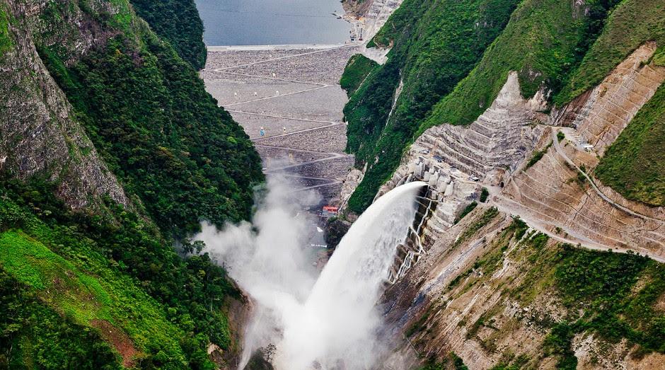 Resultado de imagem para Hidrelétrica de Chaglla Peru
