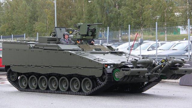 BAE Systems entregó recientemente el primer vehículo STING CV90 a los noruegos en las instalaciones Örnsköldsvik de la empresa en Suecia. La entrega de la picadura, una variante de la ingeniería de los vehículos CV90, es el último hito para el programa.