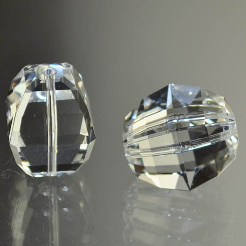 27750300200001 Swarovski Bead - 18 mm Lucerna (5030) - Crystal (1)