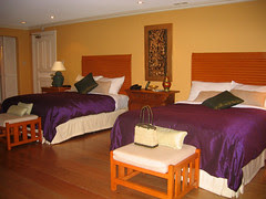 2 Queen size beds at the Siam Room