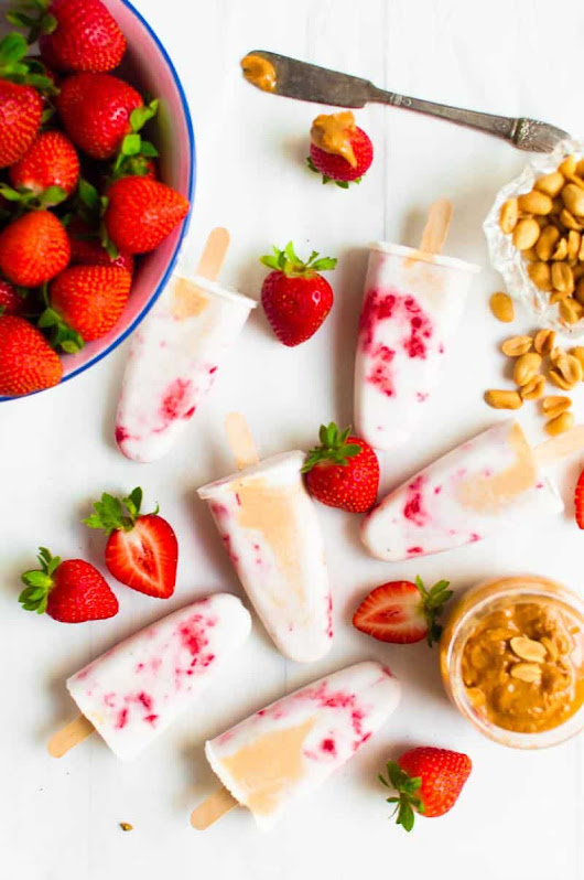 Peanut Butter Strawberry Popsicles - The Queen of Delicious