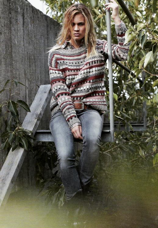 Olivia Finland skinny denim jeans struped knit sweater isabel marant inspired plaid collared shirt print mix 5