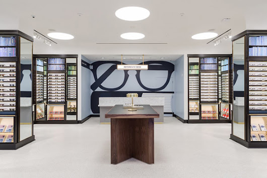 Warby Parker is opening its first Toronto store